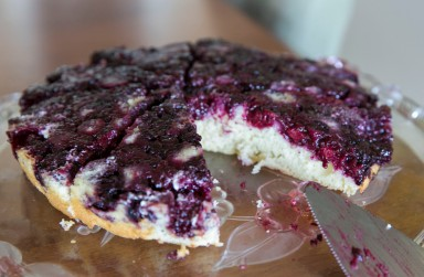 blackberry cake slice out2