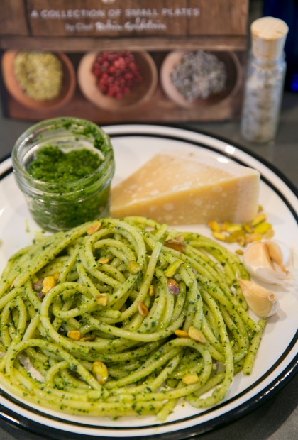 kale pesto plated1