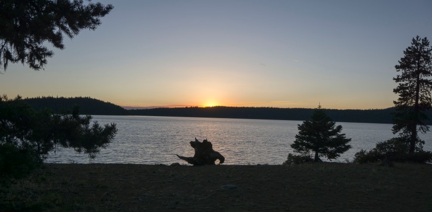lake paulina at sunset